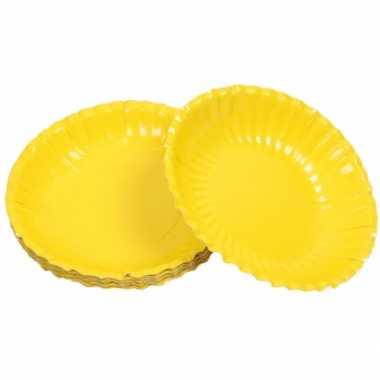 Gele chips schaaltjes